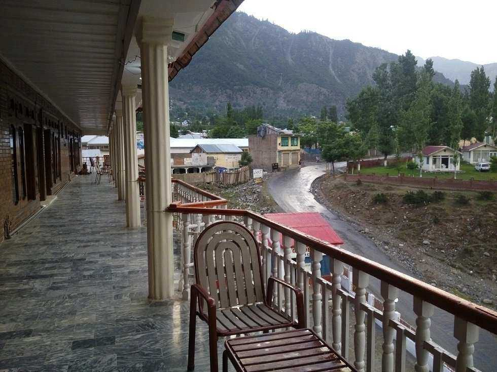 Golden Star Hotel Hotels In Kalam See Pakistan Tours