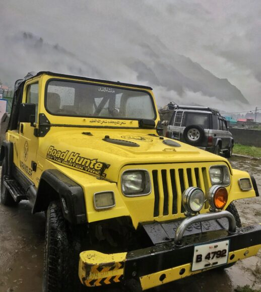 Jeep-Ride-to-Naltar-Valley