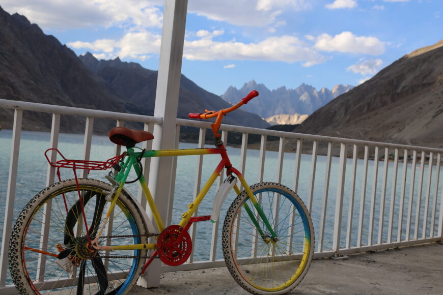 Truck-Art-Cycle-Attabad-Lake